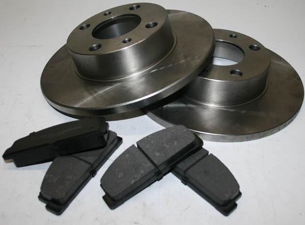 2 x Bremsscheiben 1 x Bremsklötze für vorn - Im Set Fiat 124 Spider, Coupe