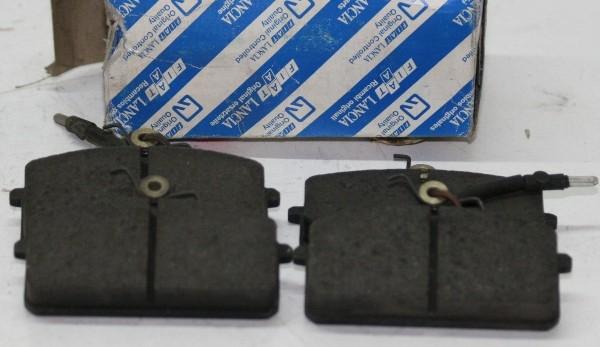 Bremsklötze für vorn LANCIA Prisma OE: 9941718